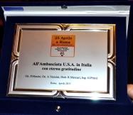 consegna-targa-in-ricorrenza-25-aprile-ad-ambasciata-usa-in-roma-copia