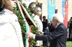 il-presidente-mattarelladepone-una-corona-dalloro-al-memoriale-delle-mura-aureliane