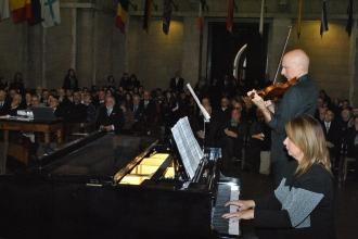 Piano e violino.jpg