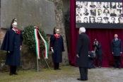 La corona d'allora deposta dal Presidnete della Repubblica Sergio Mattarella