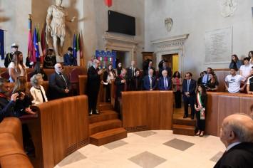 Discorso di Lombardi ai partigiani e ai giovani su Mario Gullace (sulla destra Claudio Betti e Angelo Sferrazza)